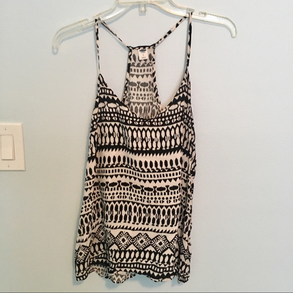 Old Navy Tops - Flowy Boho Halter Camisole Geometric Print